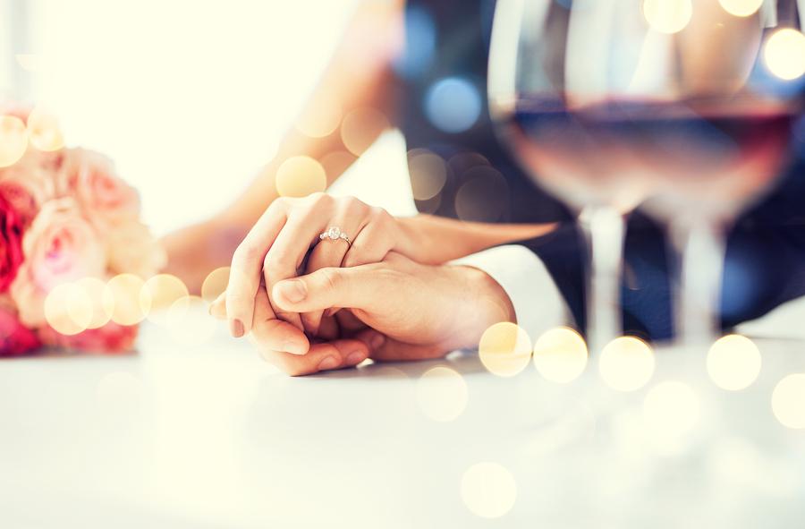 ρομαντικο δειπνο κολωνακι