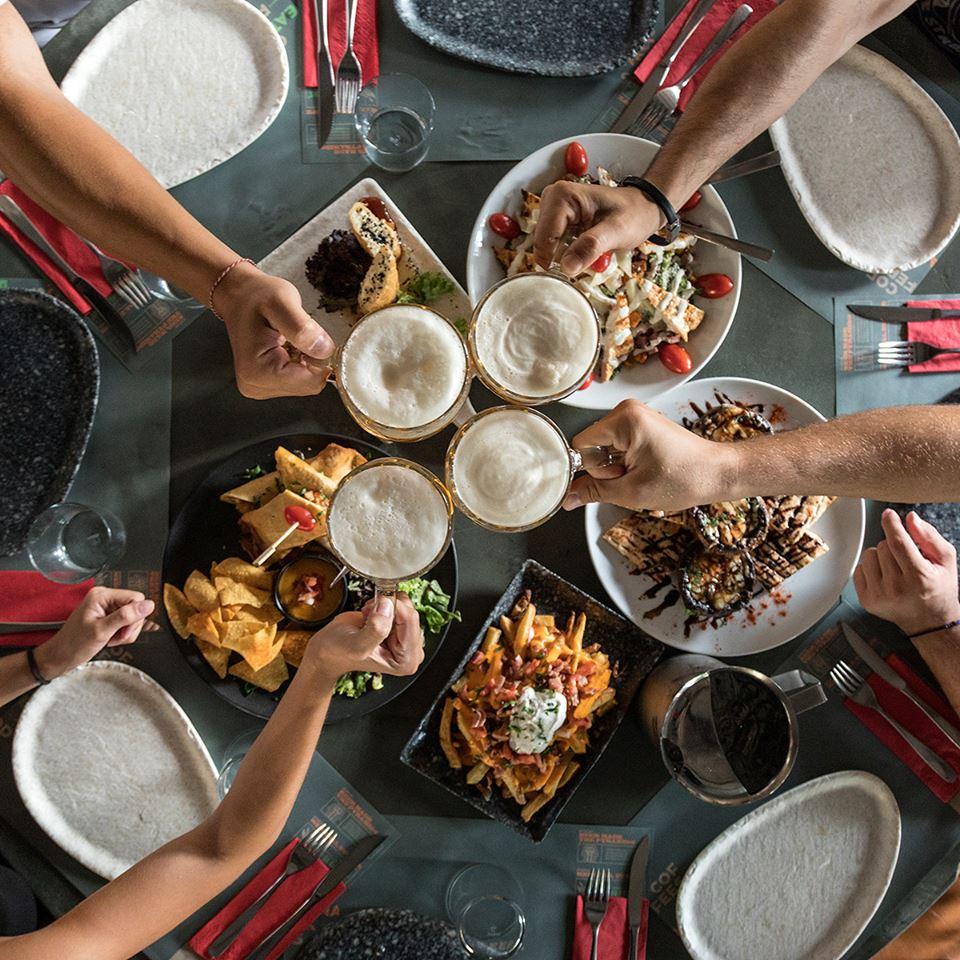 φαγητό στην Ηλιούπολη